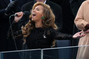 Lip Syncing Beyonce